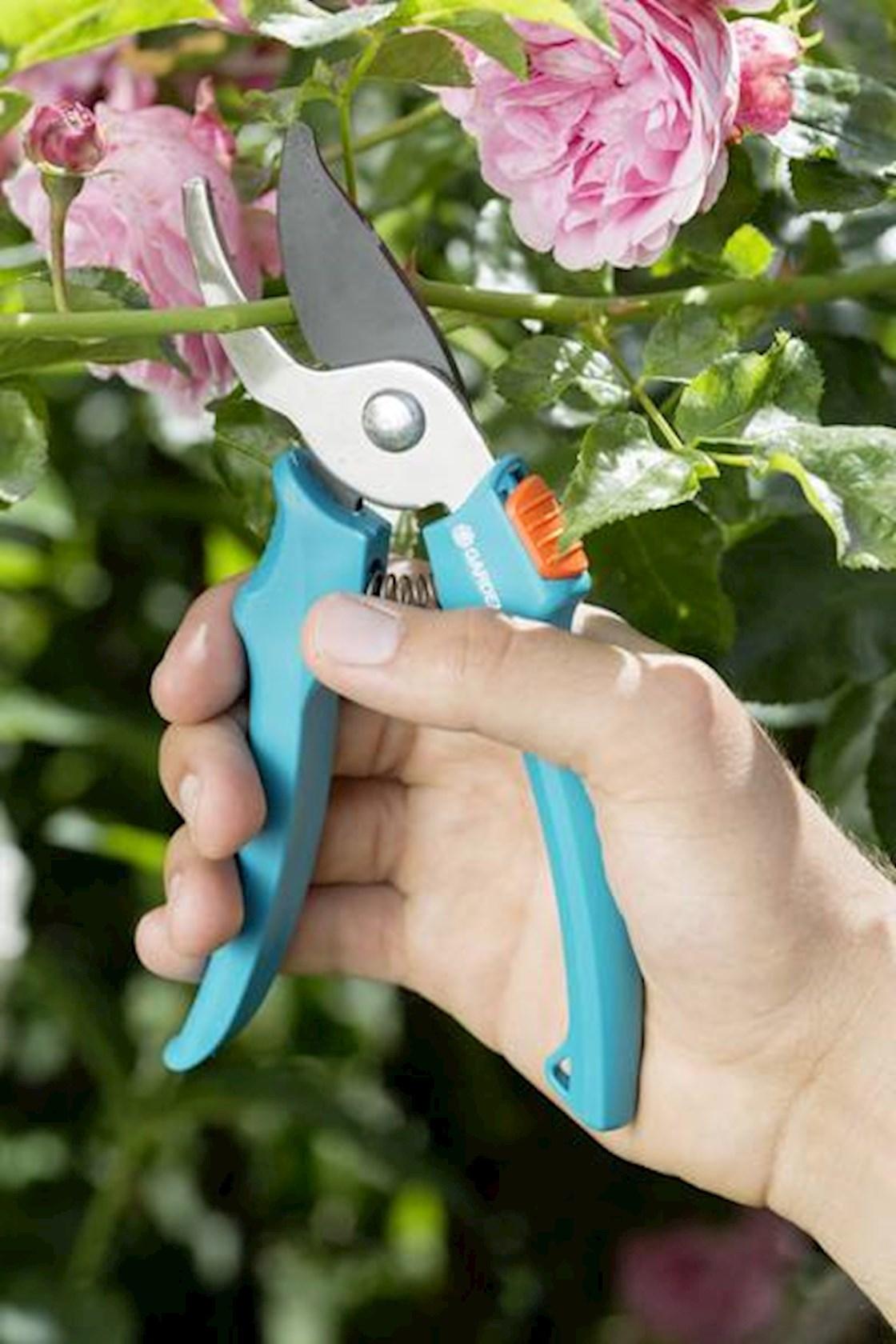 Gardena-classic-snoeischaar-18mm-artikel-nr-8754-27
