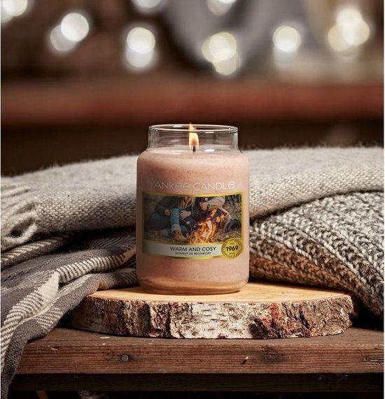 Yankee Candle Large Jar - Warm & Cosy - Geurkaars 623 Gram